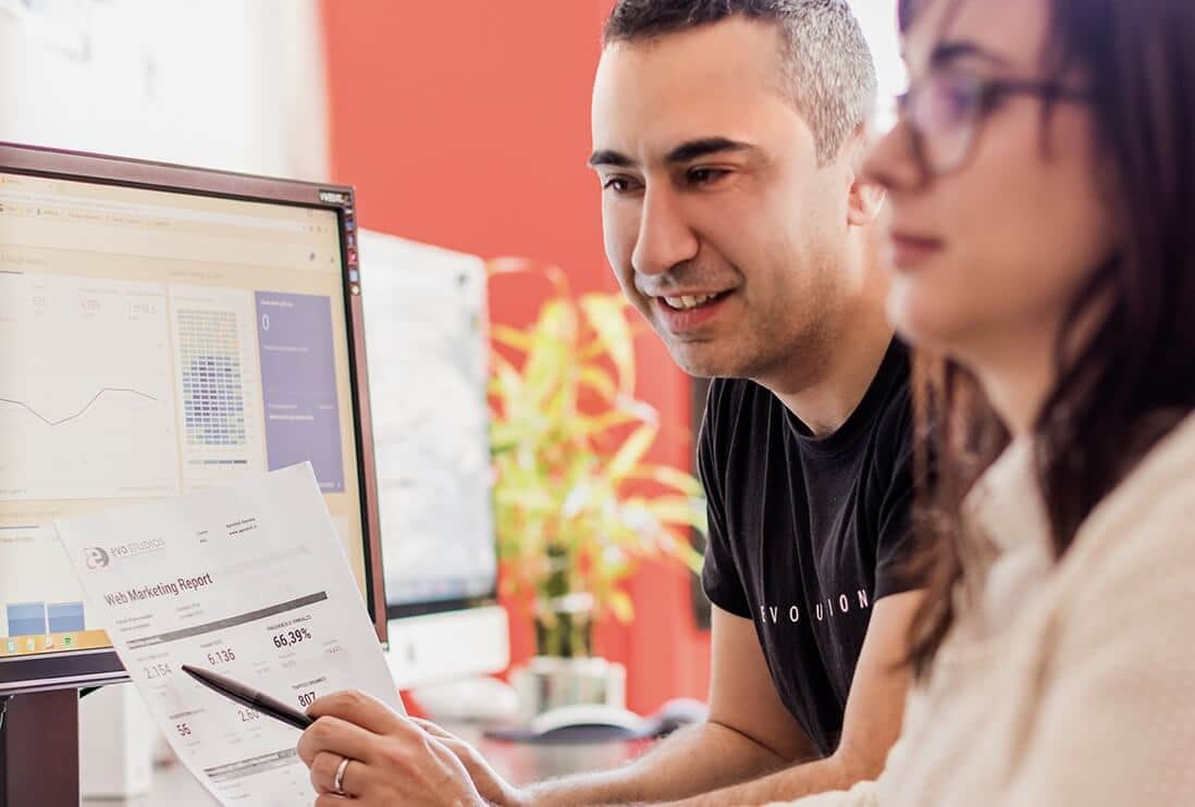 Confronto sui risultati durante un'attività di Web Marketing