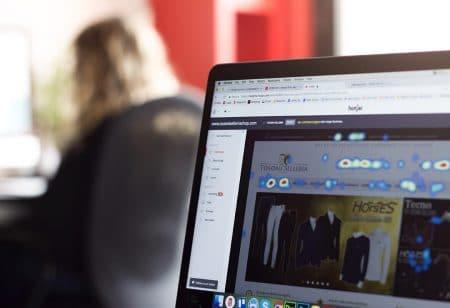 Analisi UX con Hotjar delle sessioni di un sito e-commerce